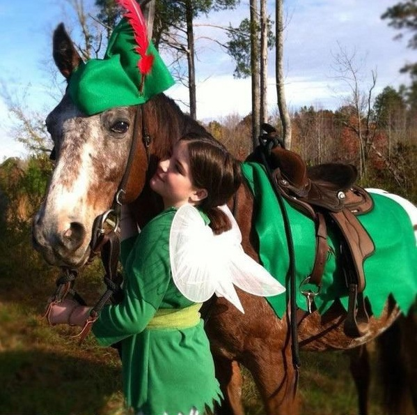 horse costumes living a day in your fantasy 24 pics 8