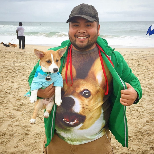most adorable beach event featuring 600 corgis corgchella 17 pictures 10