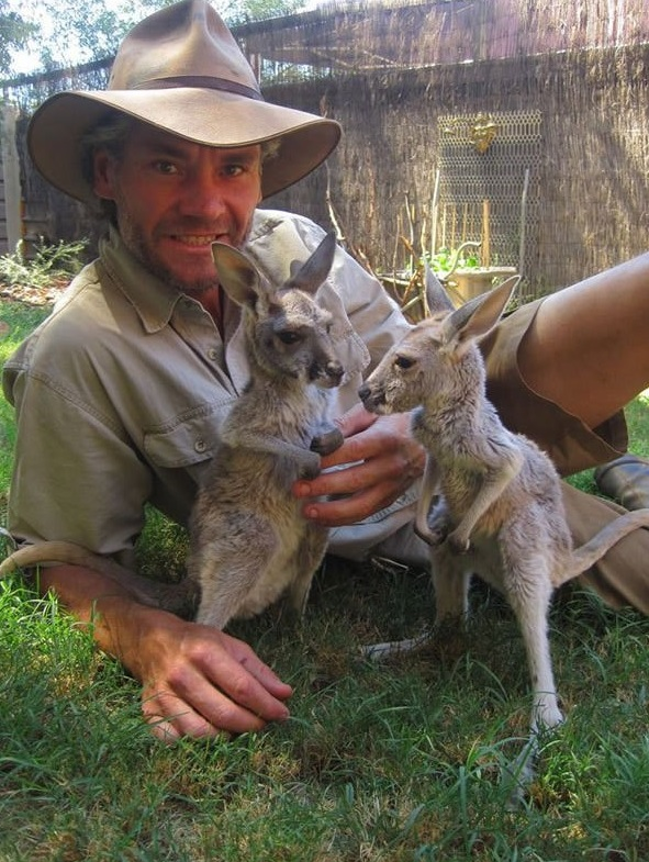 the kangaroo sanctuary that will restore your faith in humanity 12 pics 10